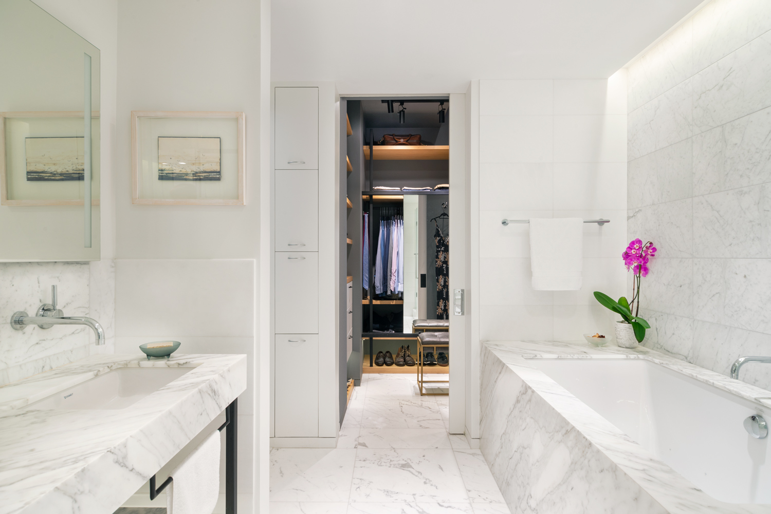 new-york-architect-adi-gershoni-master-bathroom-1.jpg