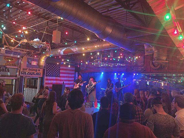 Another amazing night. Thank you Nashville ♥️ #dontmissbuscall #buscallnashville #tinroofdemonbreun #wednesdaynight #fullbandshowcase