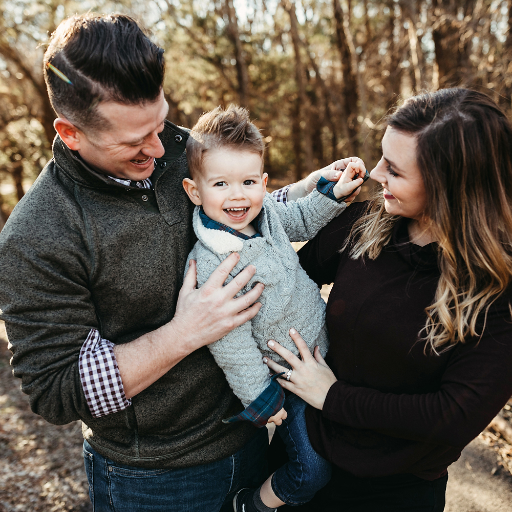 Family photo session in Norman, Oklahoma with Kara Cheek Photography