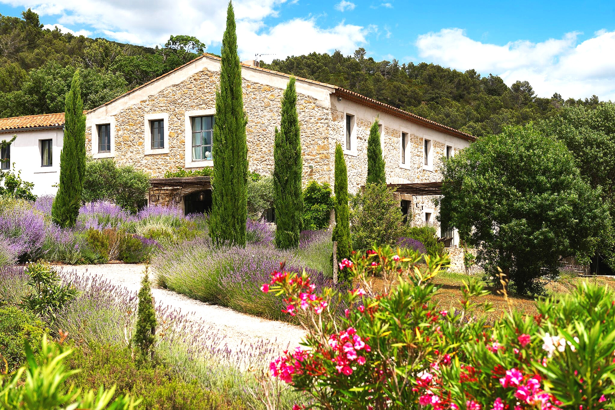 THE VENUE - Nestled in the Carcassonne HillsLavish, Private, Welcoming