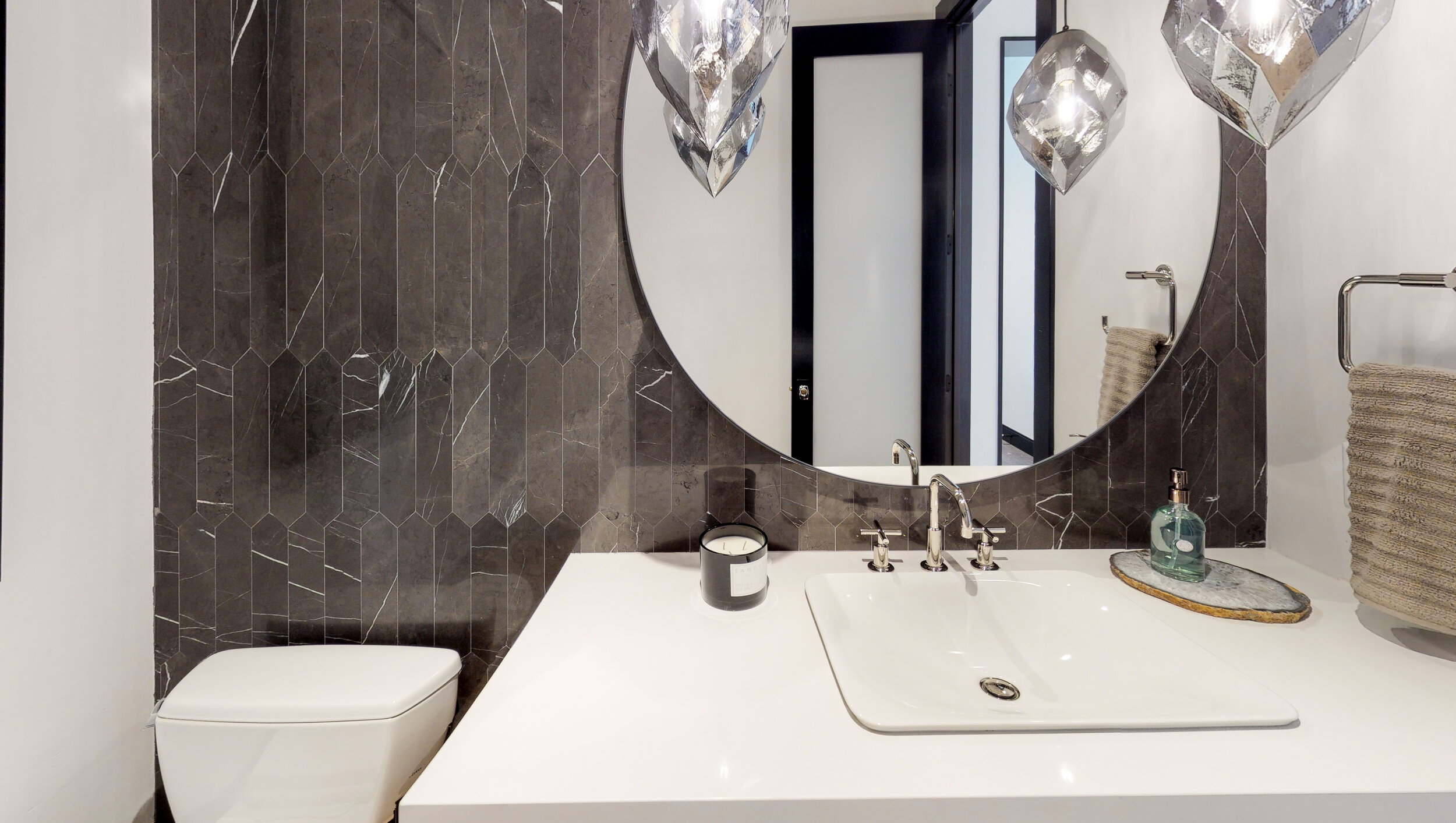 1561-Preserve-Court-Bathroom(2).jpg