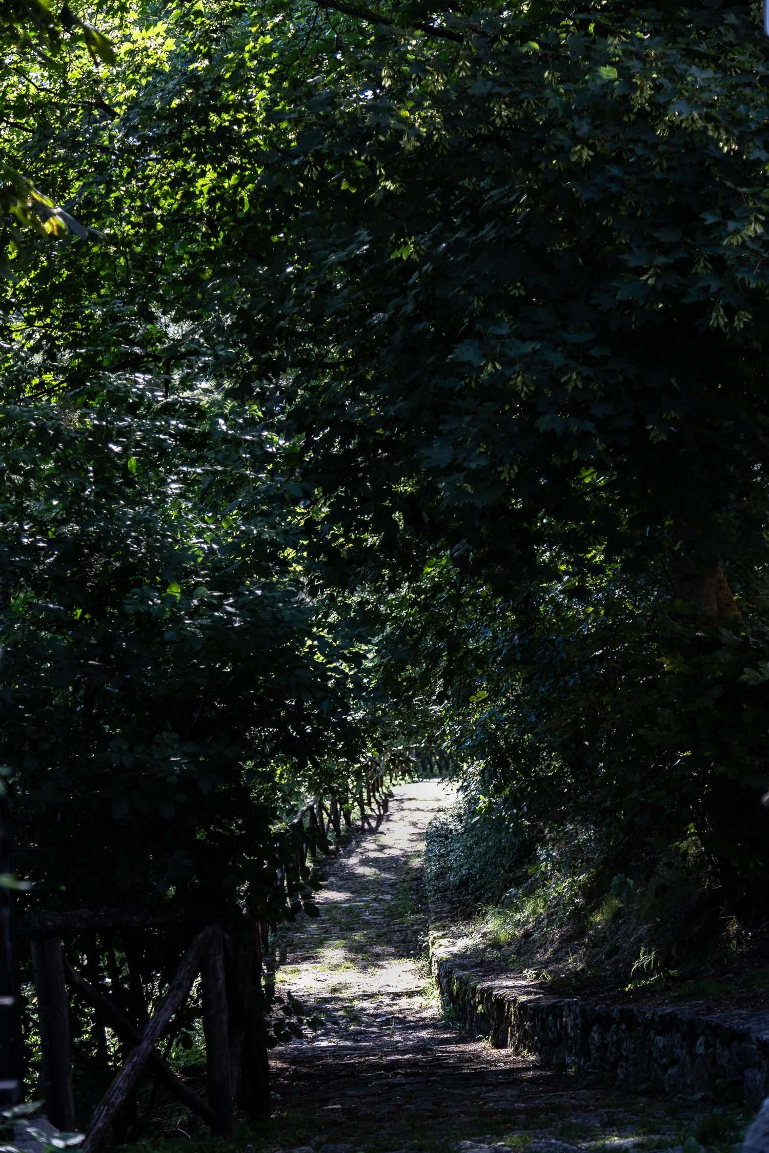 Santo-Stefano-di-Sessanio-walks-Abruzzo-5635.jpg