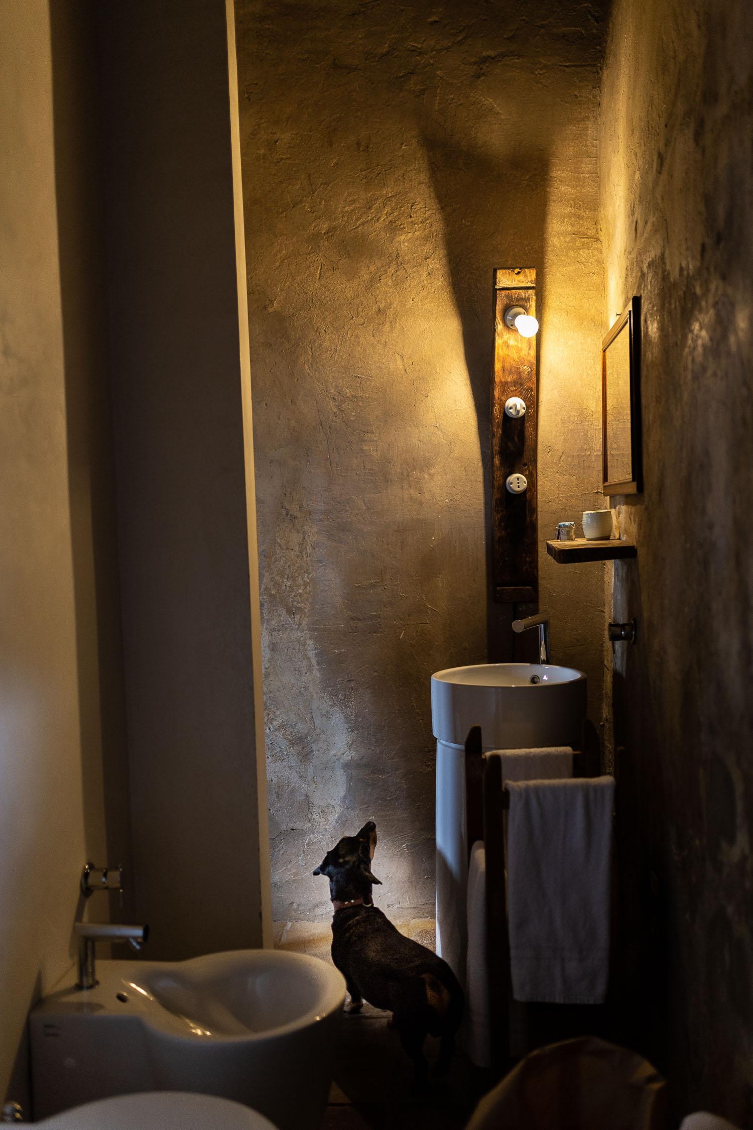 Sextantio-Albergo-Diffuso-Bathroom-Abruzzo-5551.jpg