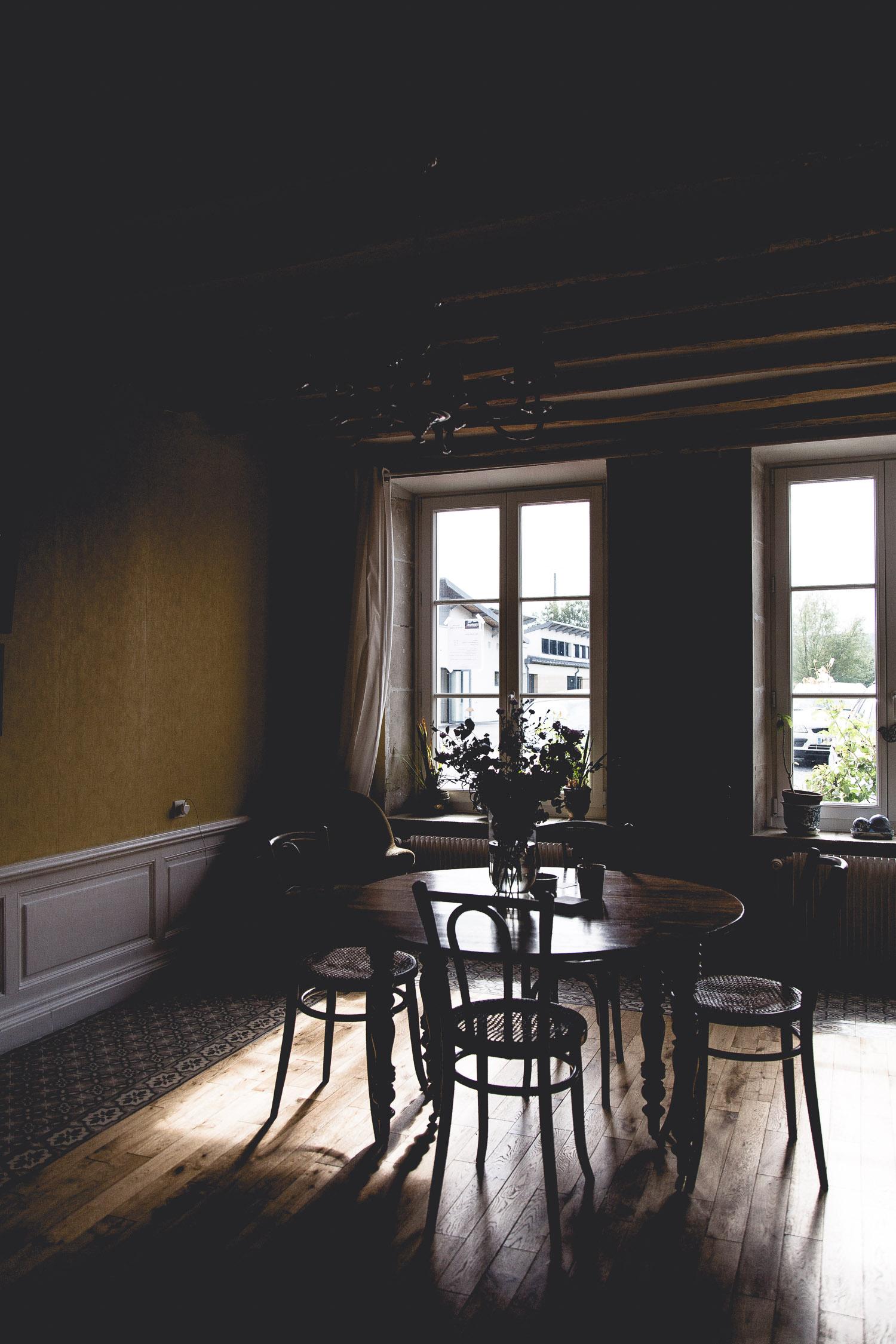 Champagne-dining-room-France-6245.jpg