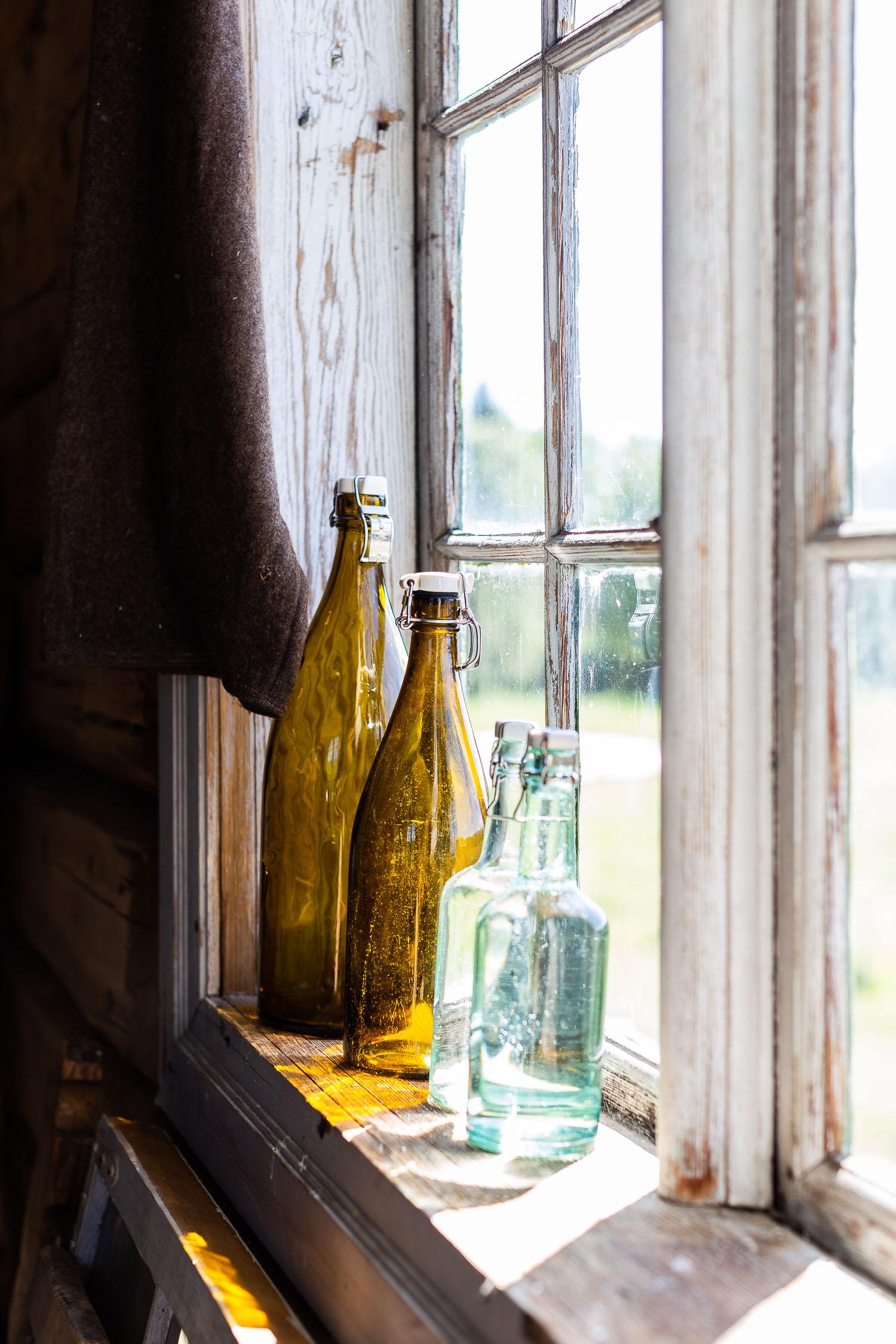 Norway-glass-bottles-on-the-window-2318.jpg
