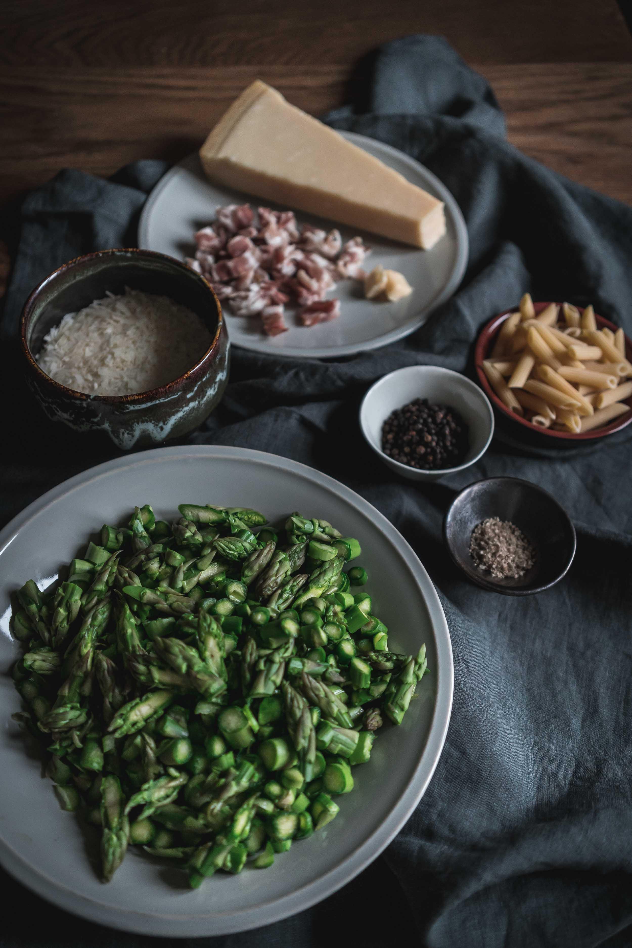 Asparagus-and-Bacon-Penne-Pasta-05096.jpg