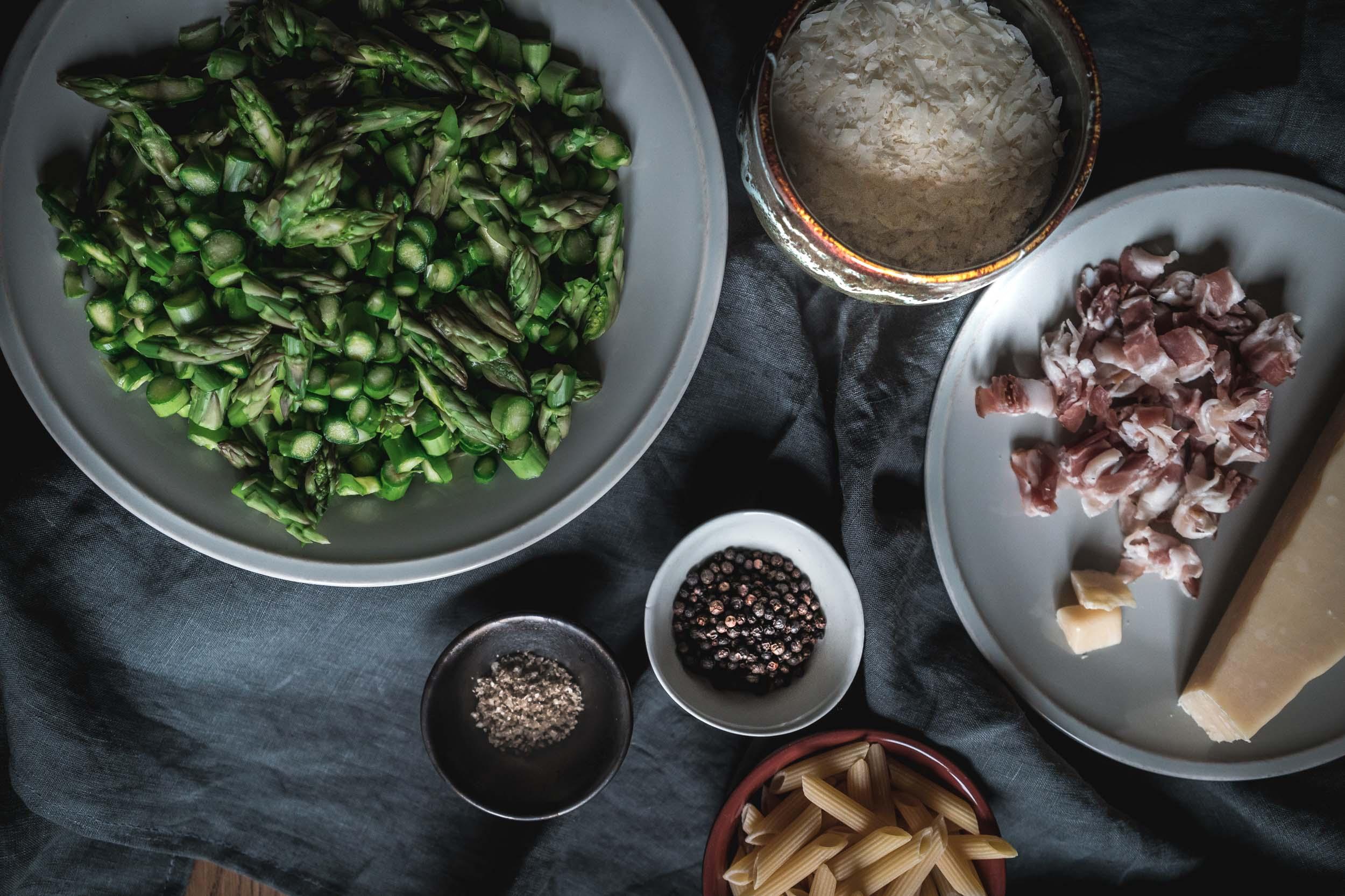 Asparagus-and-Bacon-Penne-Pasta-05102.jpg
