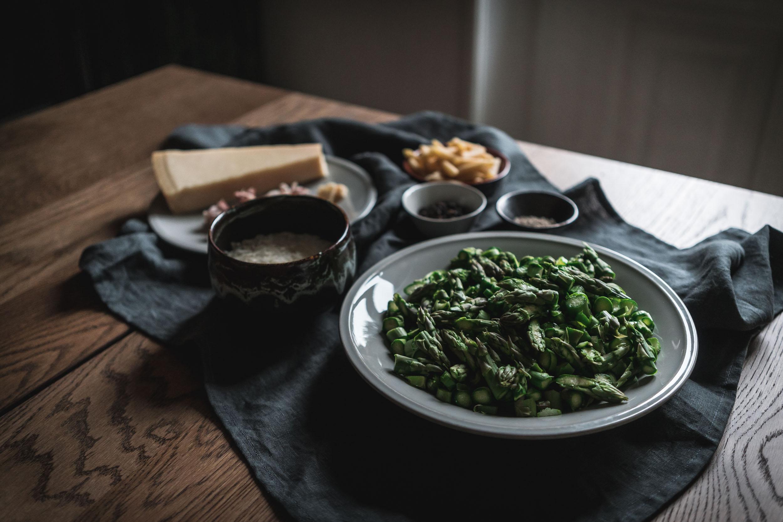 Asparagus-and-Bacon-Penne-Pasta-05114.jpg