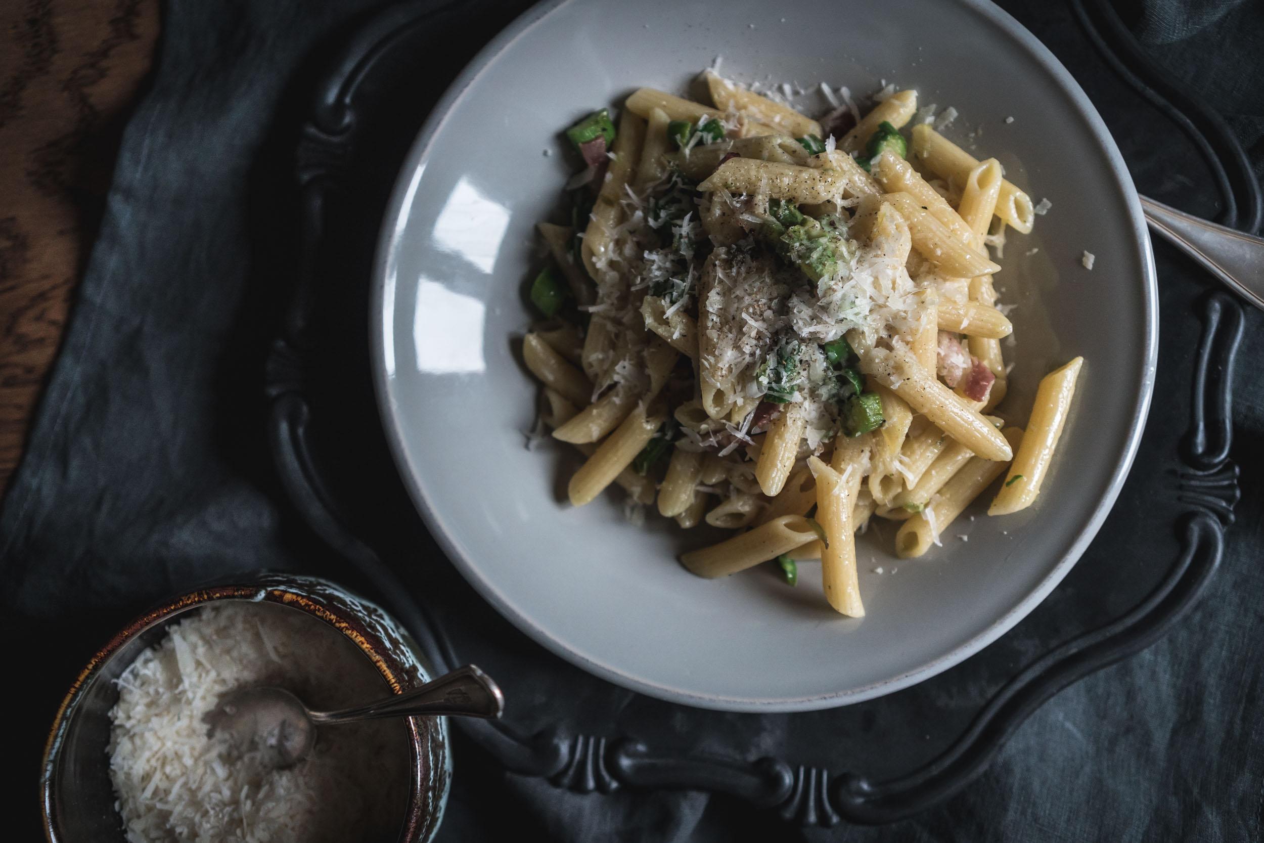 Asparagus-and-Bacon-Penne-Pasta-05135.jpg