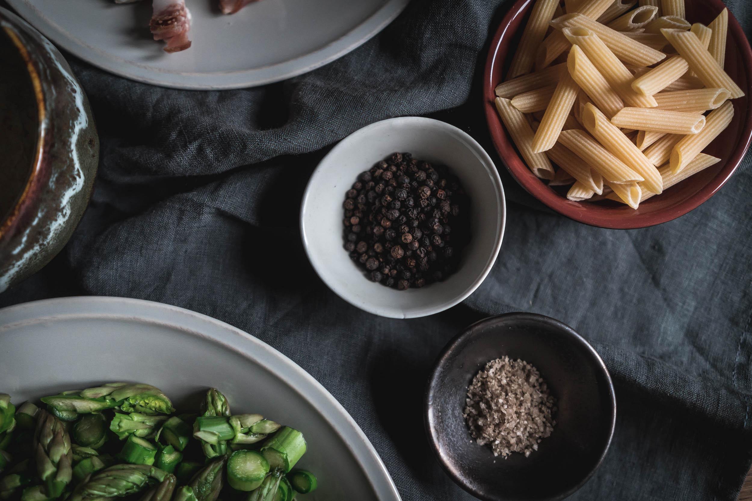 Asparagus-and-Bacon-Penne-Pasta-05104.jpg