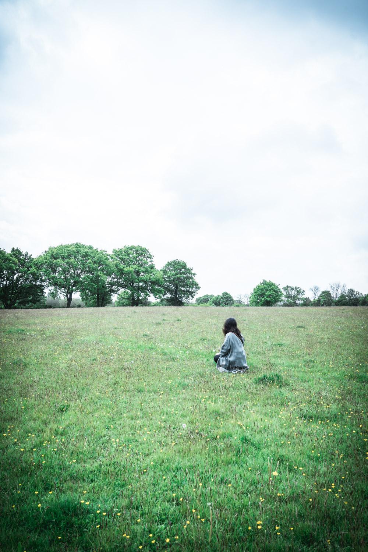 Stefania-Boglioli-woman-in-a-field.jpg