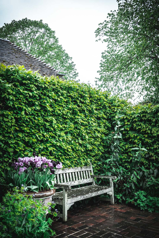 Sissinghurst-Castle-Wooden-Bench.jpg