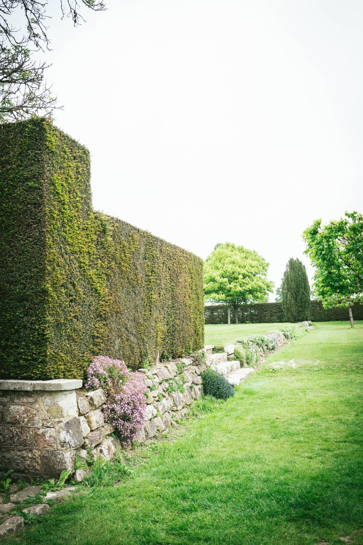 Bateman's-Manor-Rudyard-Kipling-Garden-Hedges.jpg