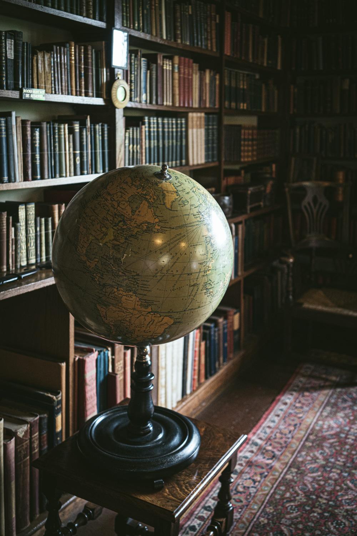 Bateman's-Manor-Rudyard-Kipling-Globe.jpg
