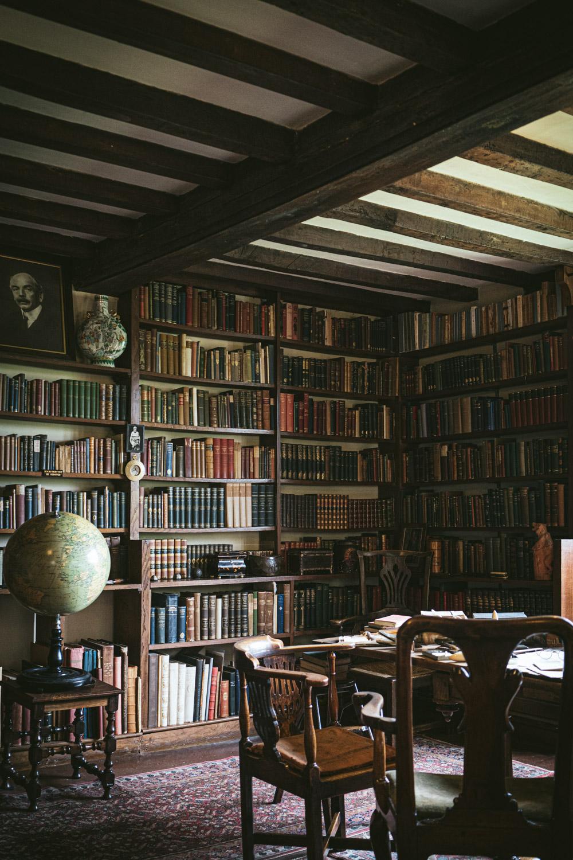 Bateman's-Manor-Rudyard-Kipling-Study.jpg
