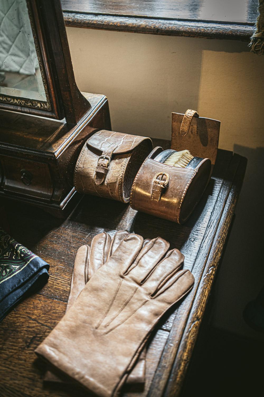 Bateman's-Manor-Rudyard-Kipling-Gloves.jpg
