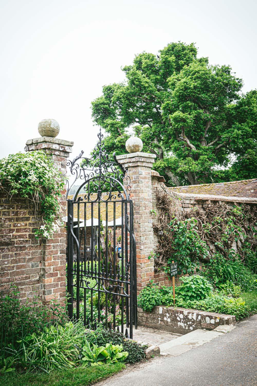Bateman's-Manor-Rudyard-Kipling-Garden-Entrance.jpg