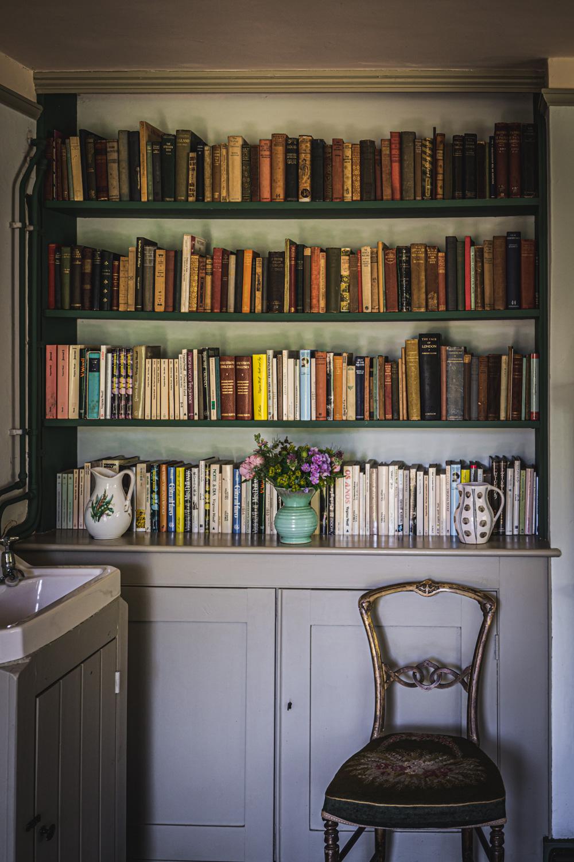 Monk's house-Virginia-Woolf-bedroom-library.jpg