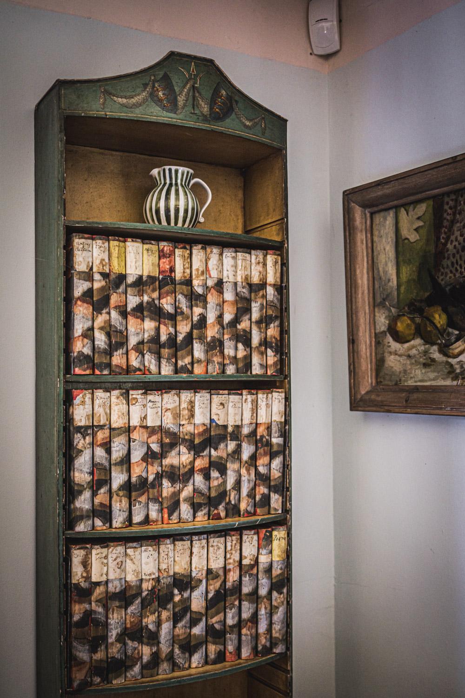 Monk's house-Virginia-Woolf-Shakespeare-collection.jpg