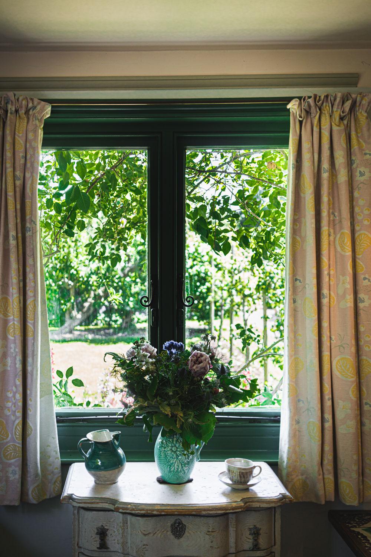 Monk's house-Virginia-Woolf-bedroom-view.jpg
