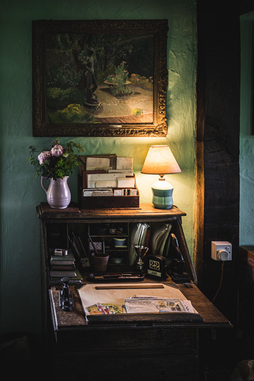 Monk's house-sitting-room-detail.jpg