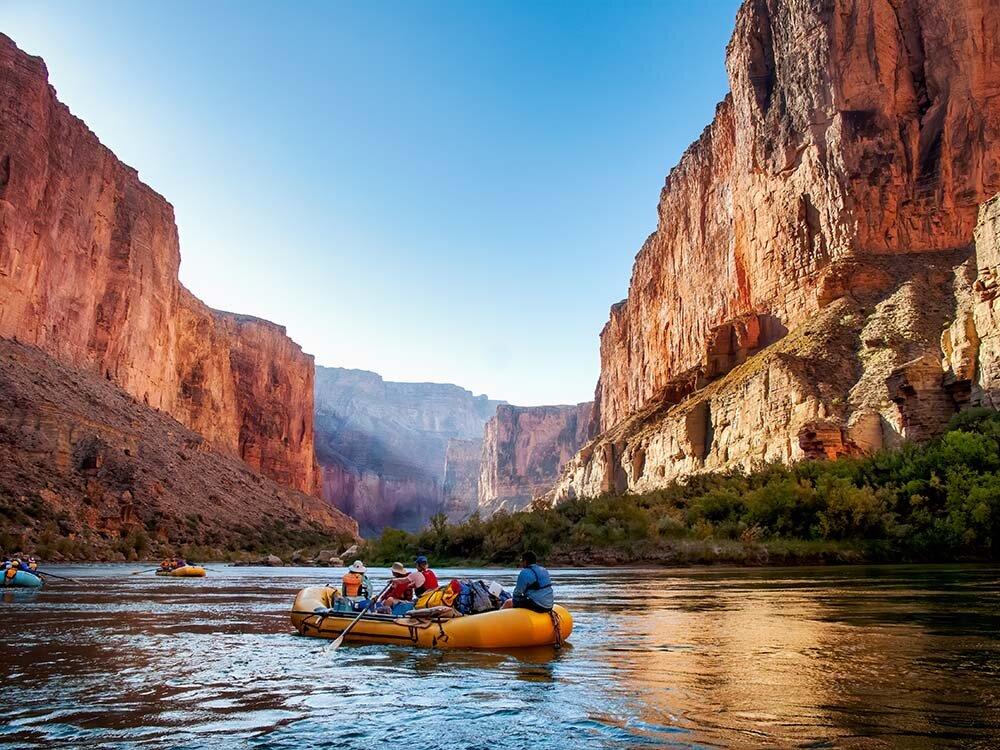 grand-canyon-boat-img-01.jpg