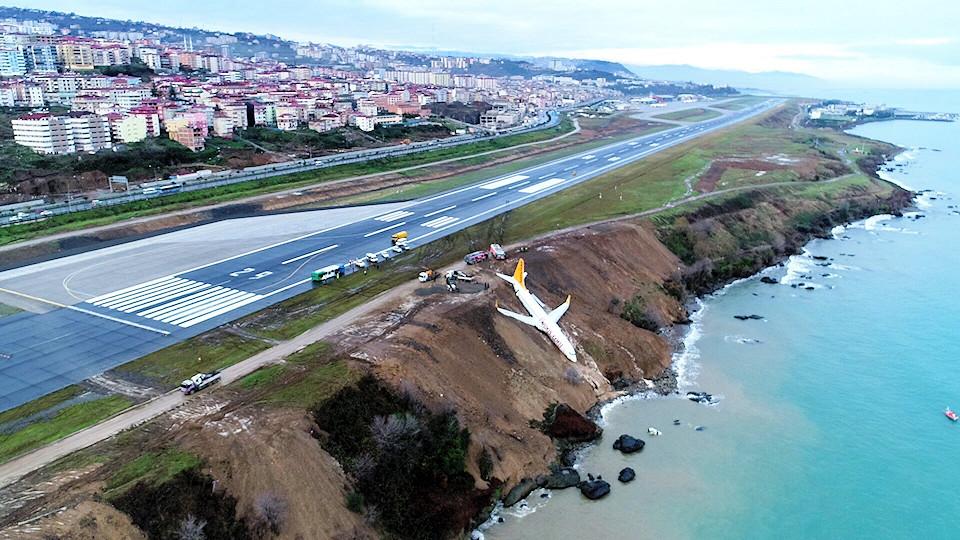runway excursion 8.jpg
