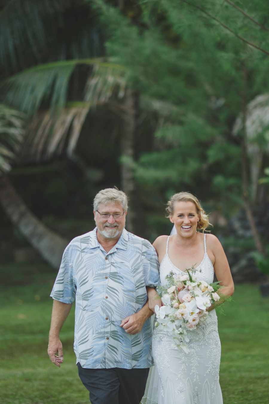 father and daughter wedding photographer