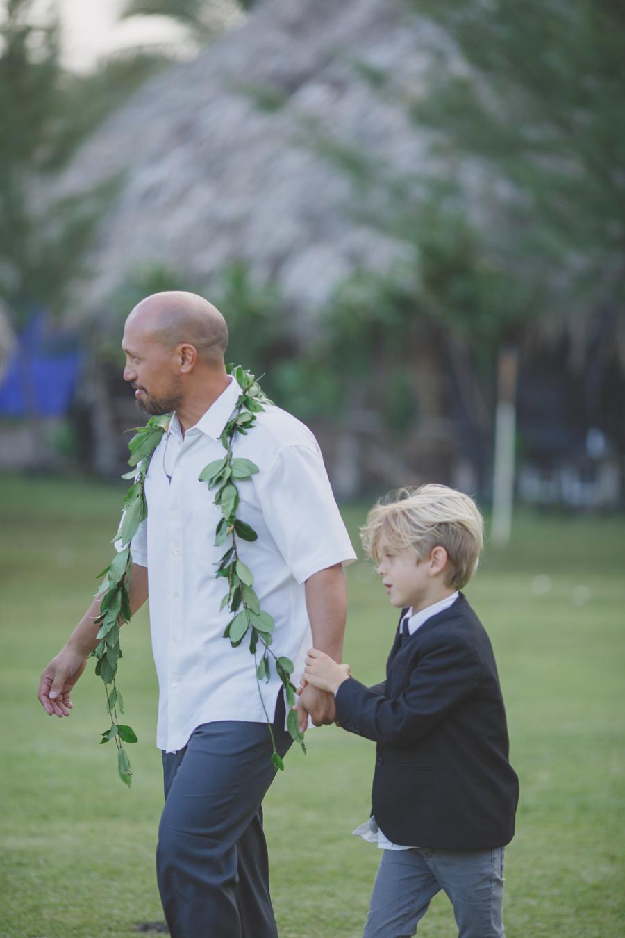 maui groom style