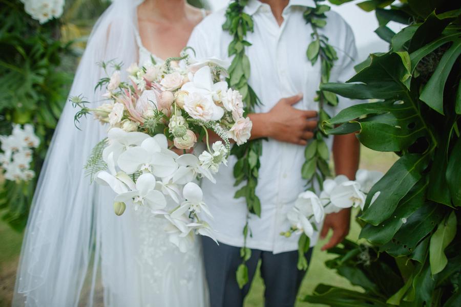 maui bridal bouqet