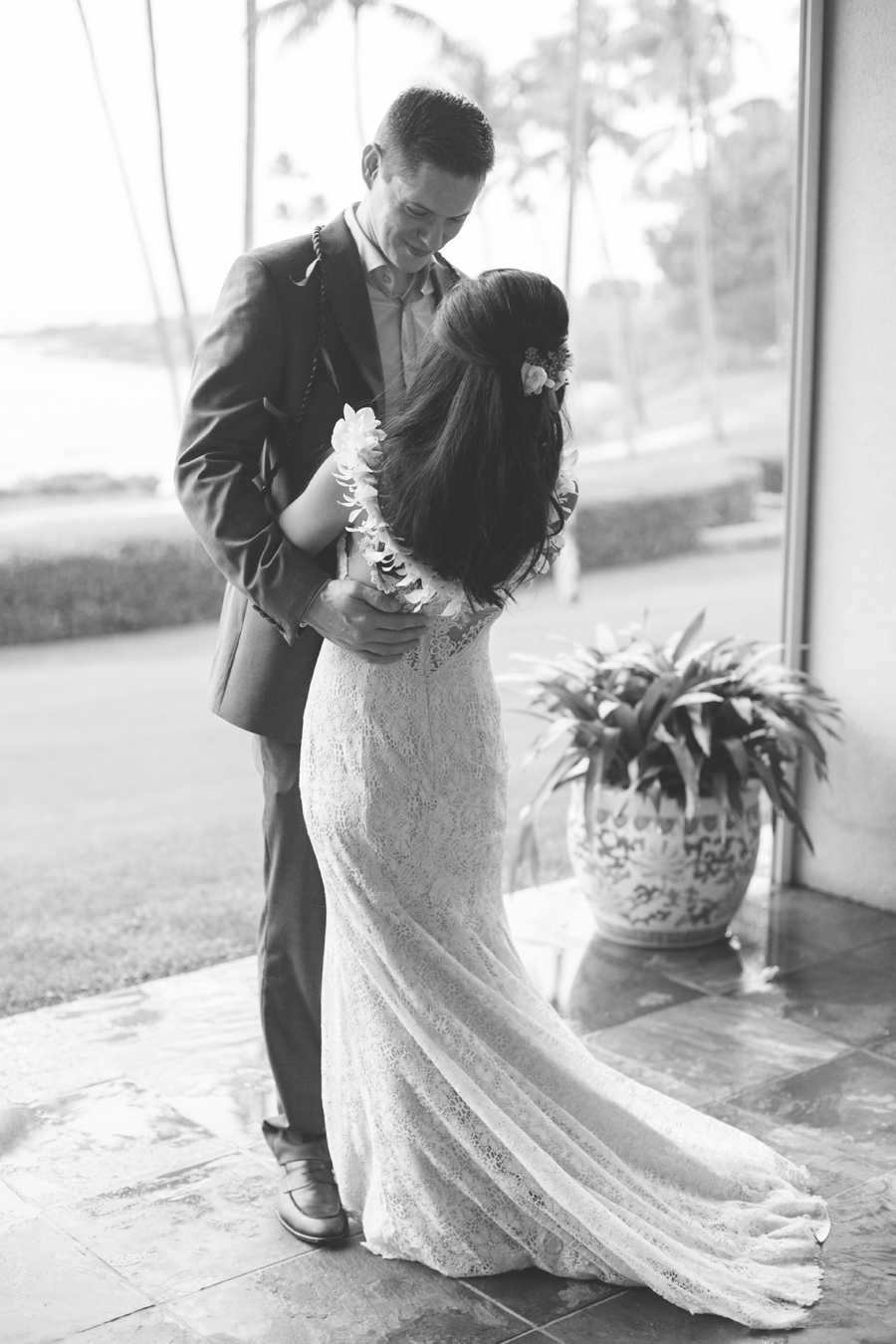 black and white first dance photographer