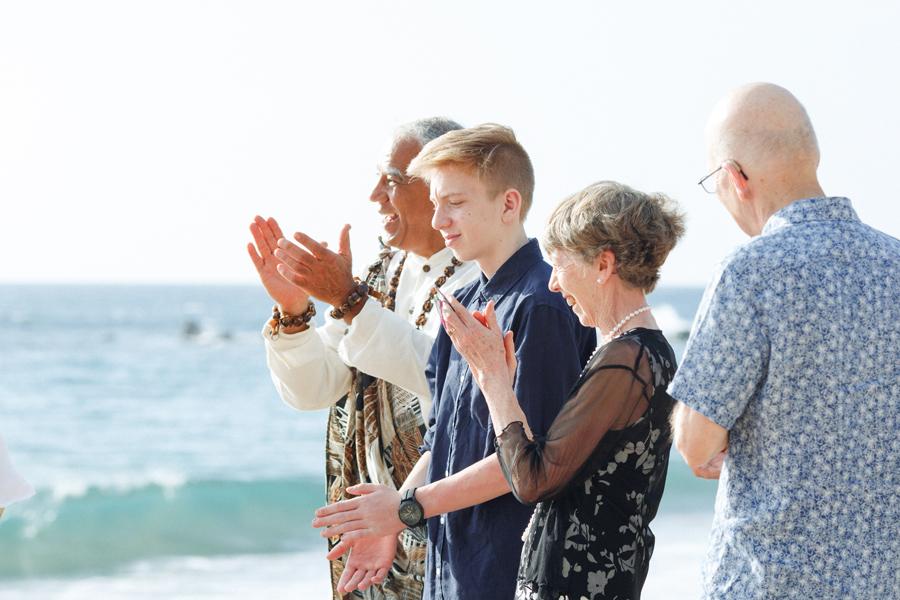 113-family-wedding-photography-hawaii.jpg