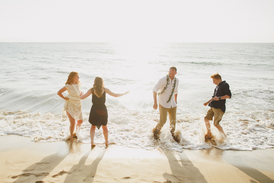 116-free-spirated-family-wedding-maui.jpg