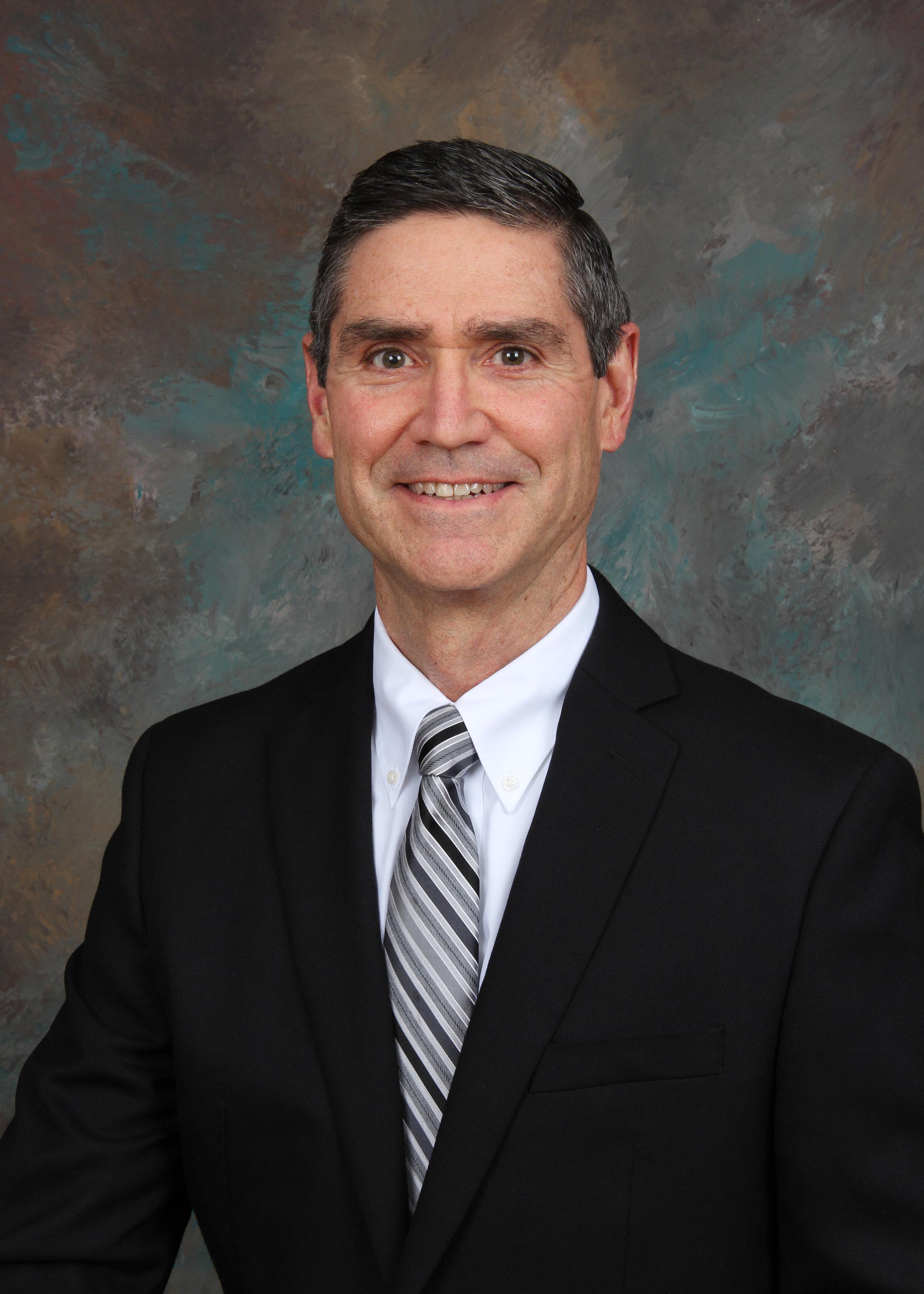 Dr Hollie 2018.JPG