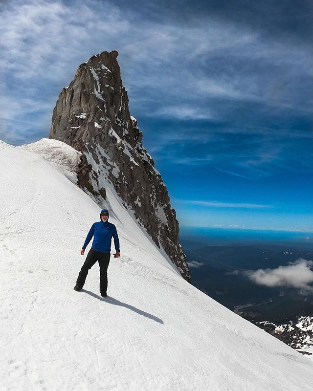 Fast becoming a tradition. Beautiful first weekend of May and a perfect tour up to Illumination Saddle on Mt. Hood. 3200 feet of elevation over about 3 hours in skins, then 3000 feet hero corn in 11 minutes down. So good! #mthood #oregon #volcano #cornsnow #mountainlife #skitour #springclimbing