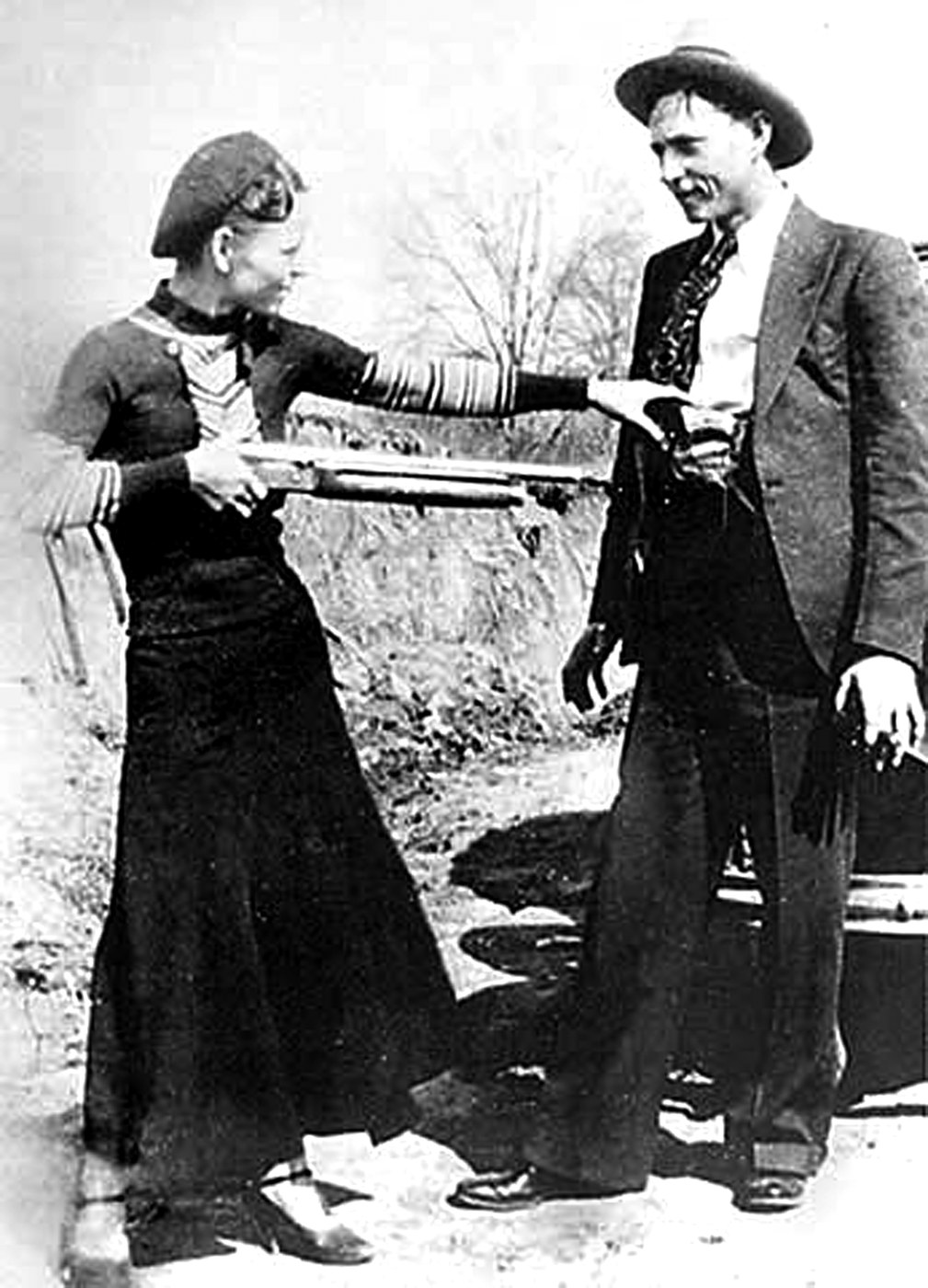 Bonnie and clyde Gun.jpeg