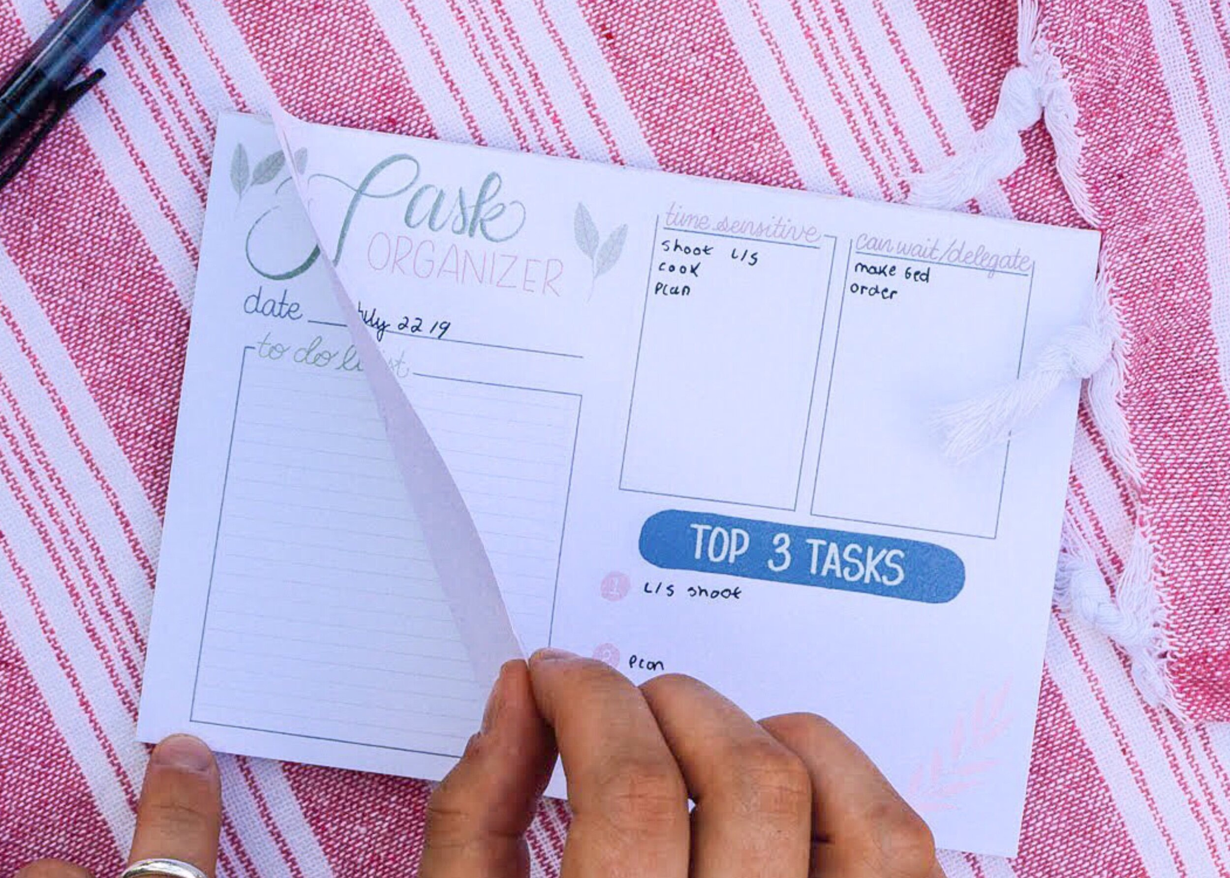The Task Organizer Notepad was designed to help you determine which tasks actually need your attention and which will move your needle forward