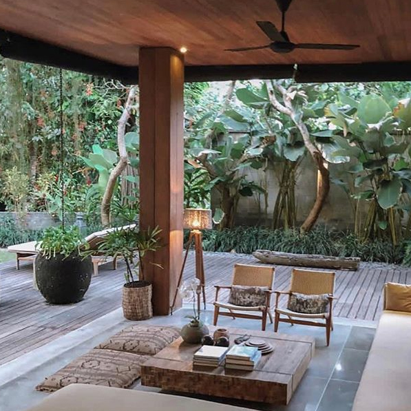A tropical sanctuary at Reddoor  Ph:  @hannaschonberg