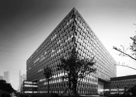"Lemanarc 设计的南京鼓楼医院扩建项目在2013年国际WAN(世界建筑新闻)奖的""医疗项目""中获得优胜奖   2014年5月"