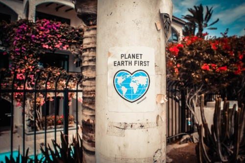planet earth first - reducing your carbon footprint in 10 easy steps