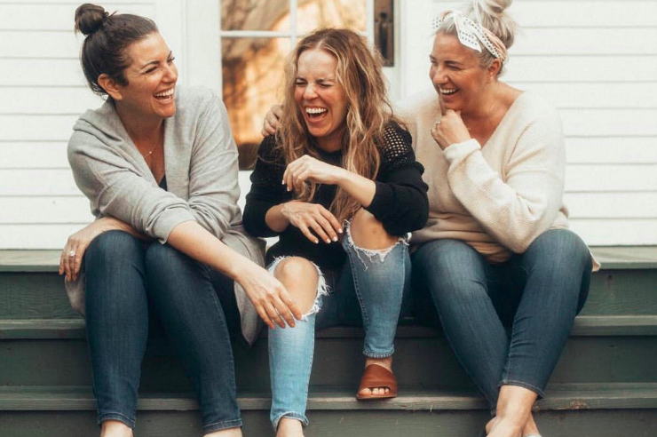 Why Women Need to Start Lifting Other Women Up - Living