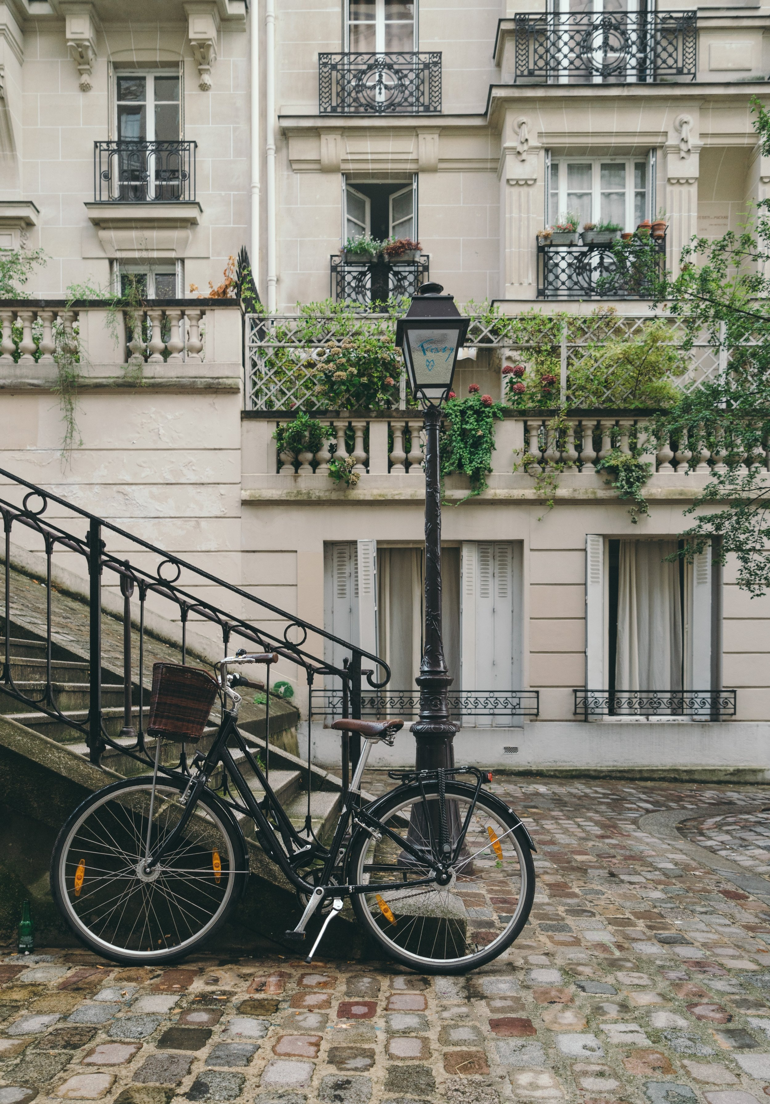 Traveling to Paris? Don't Miss These Sights! -