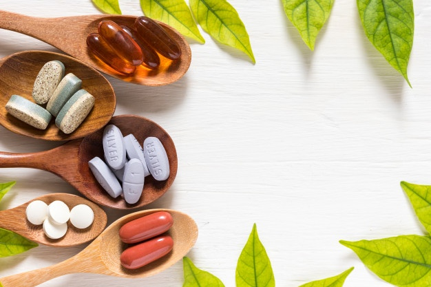 According to Two Registered Dietitians, These Are the 5 Supplements Every Vegan and Vegetarian Should Know About -