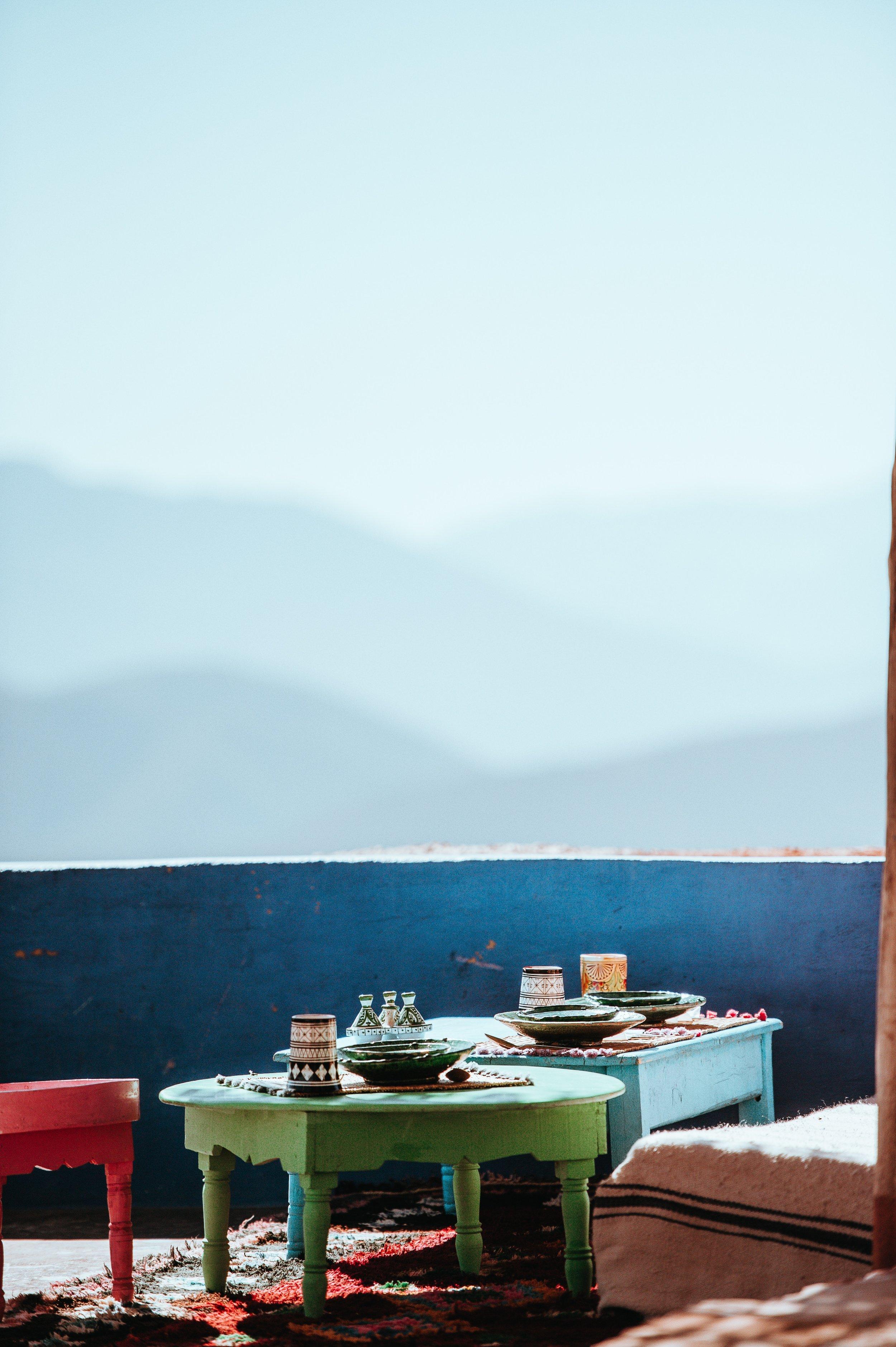 Moroccan dining annie-spratt-538516-unsplash.jpg