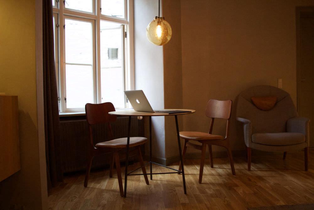 Das Büro vom website kiosk. Wir sind Squarespace Experten für Coaches, kreative Selbständige und Selbstständige in Heilberufen - Heilpraktiker.