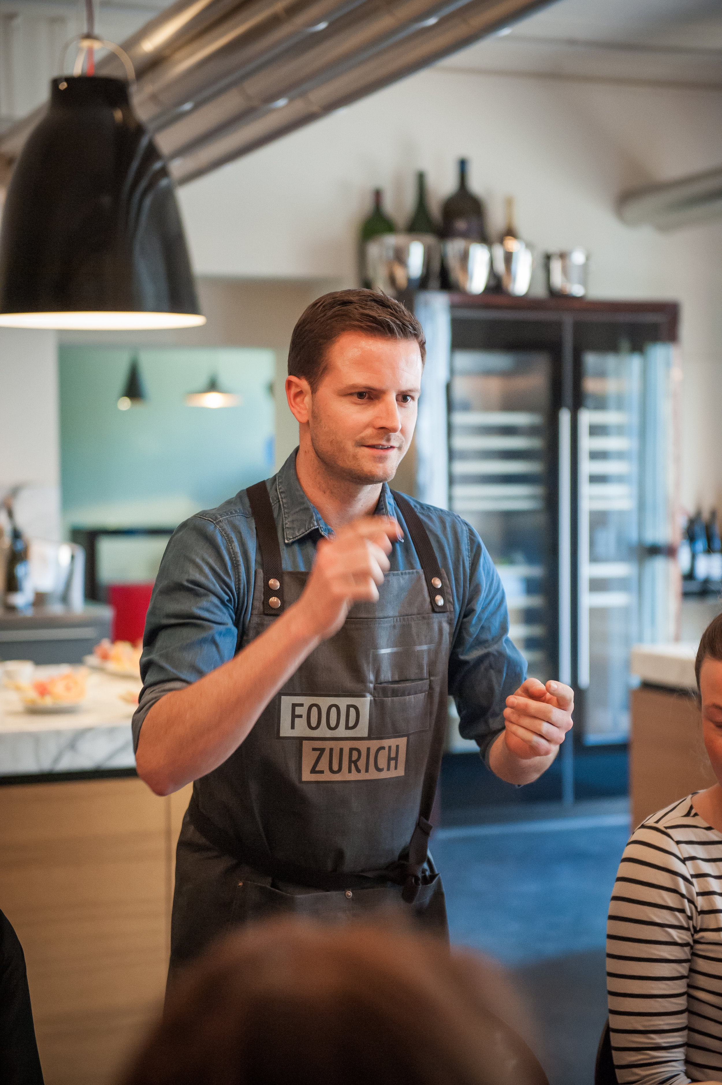 Pascal Schmutz mit Pop-Up Restaurant an der Art Basel - → Zum Artikel in der Hotellerie Gastronomie Zeitung