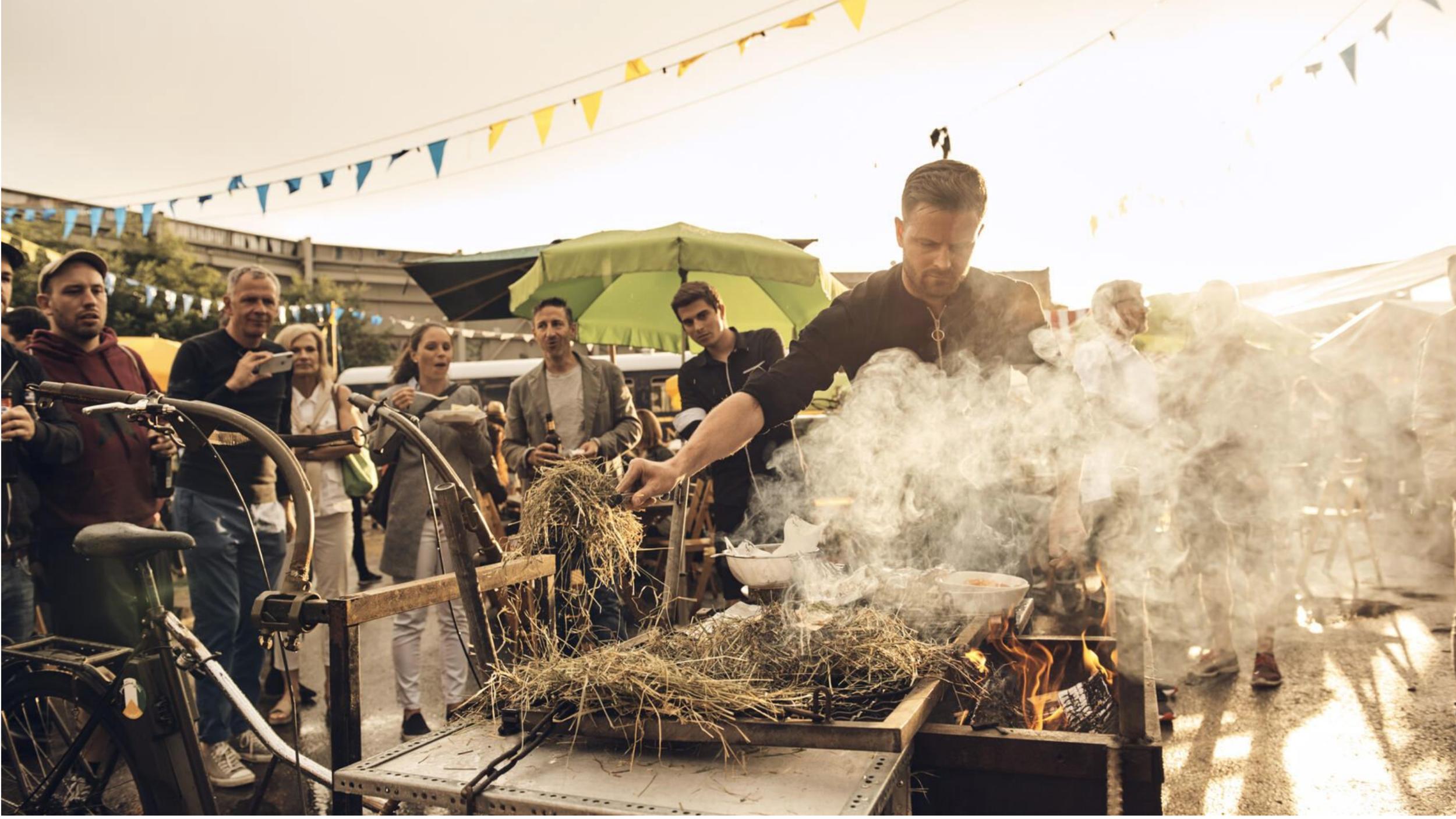 Gourmetkoch Pascal Schmutz über seine Liebe für die Schweizer Bergwelt und darüber, wieso die vegane Küche keine Hexerei sein muss. - → Mehr dazu im Style-Artikel der Schweizer Illustrierten