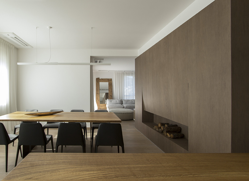 Apartment in Budva    Architects: Soba+