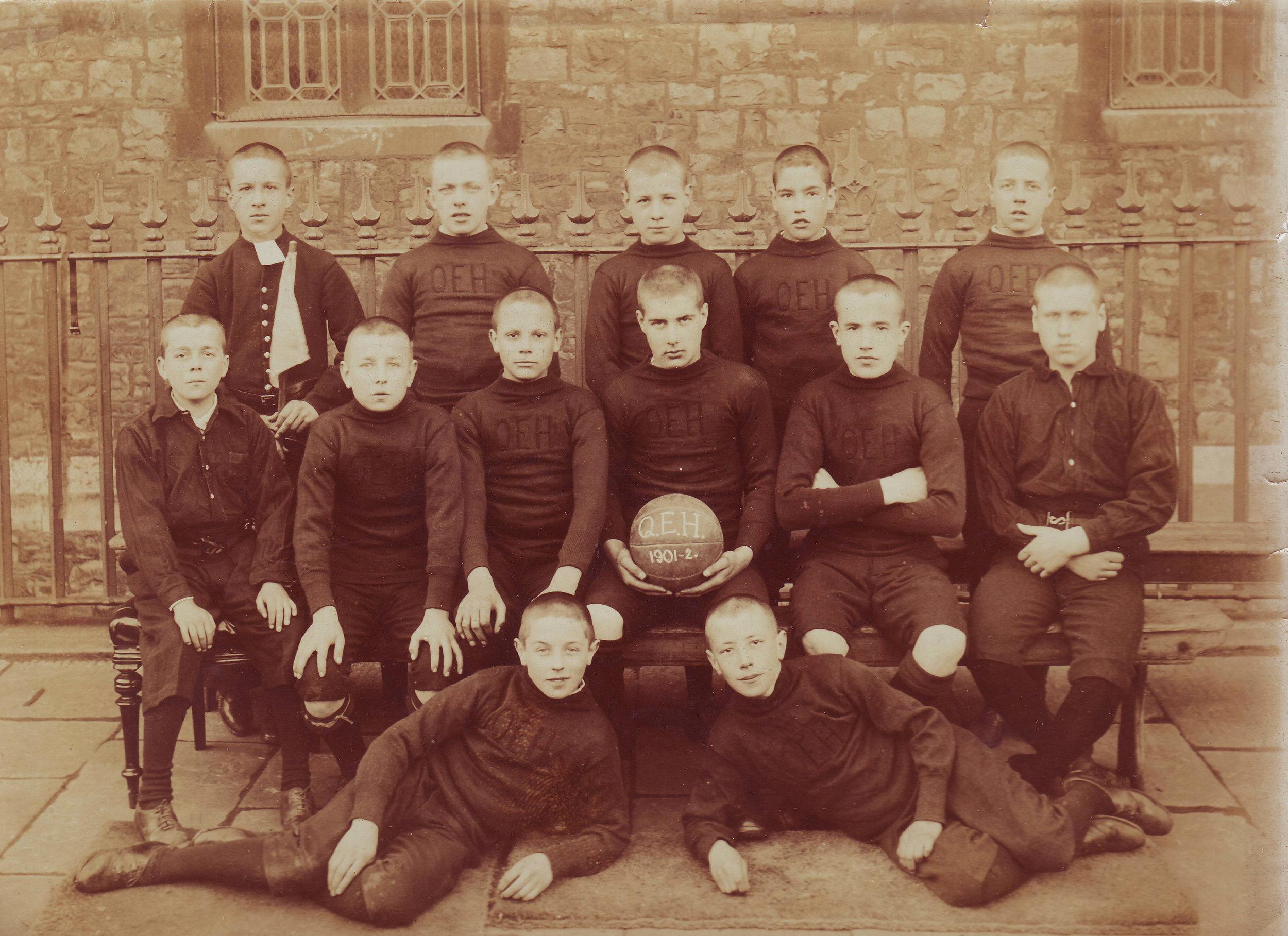 footie 1901-2.jpg