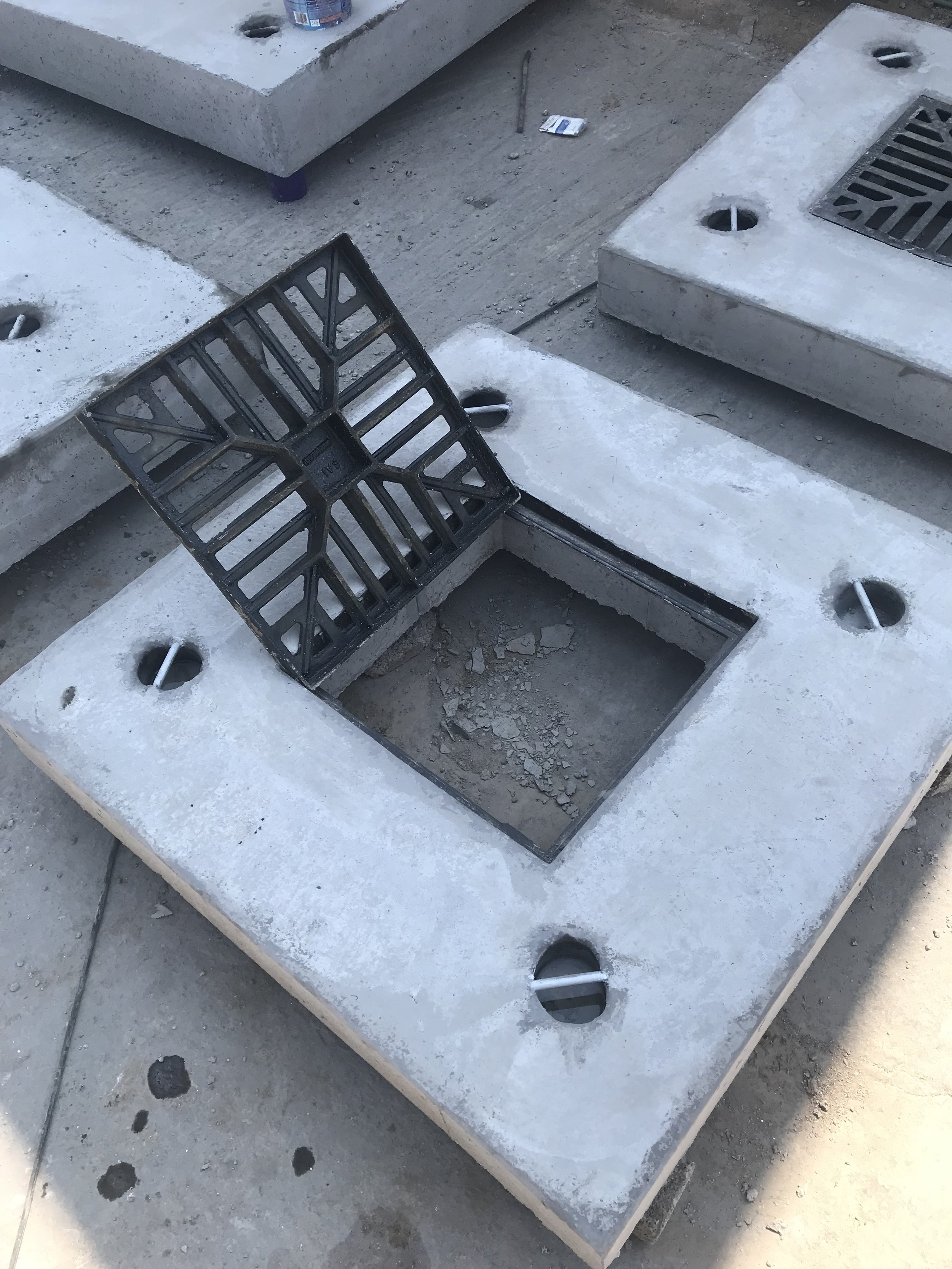 Slab with MD Cast Iron Grid